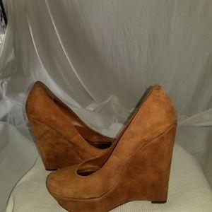 Bakers platform shoe